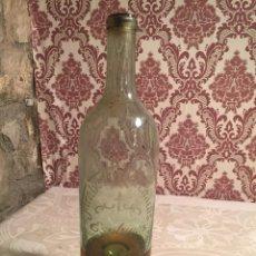Coleccionismo Otros Botellas y Bebidas: ANTIGUA BOTELLA DE CRISTAL SOPLADO A MANO JARABES Y HORCHATAS CRUZ CUBIERTA 32 ESPLUGAS. Lote 204729680
