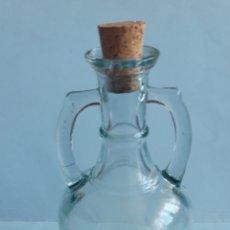 Coleccionismo Otros Botellas y Bebidas: BOTELLA O JARRA PARA BEBIDA, ACEITE ETC. VINTAGE. Lote 205189217