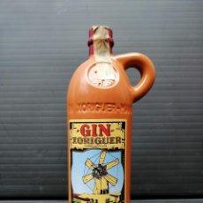 Coleccionismo Otros Botellas y Bebidas: BOTELLA CERAMICA DE GIN XORIGUER MAHON (MENORCA). Lote 207249372