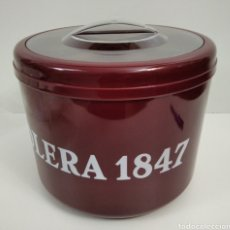 Coleccionismo Otros Botellas y Bebidas: PUBLICIDAD DE SOLERA 1847 EN ESTA BONITA CUBITERA.. Lote 211850310