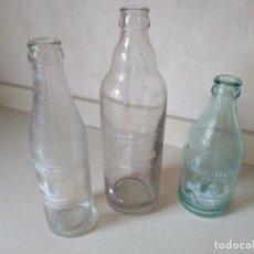 Coleccionismo Otros Botellas y Bebidas: ANTIGUAS 3 BOTELLAS DE AGUA GASEOSA LA BENASALENSE. Lote 212413051