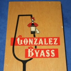 Coleccionismo Otros Botellas y Bebidas: CAJA EN MADERA - GONZALEZ BYASS - JEREZ CHERRY - TIO PEPE. Lote 212908493