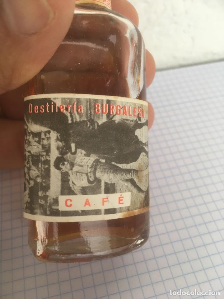 Coleccionismo Otros Botellas y Bebidas: BOTELLÍN DE CAFÉ DESTILERÍAS BURGALESAS AÑOS 50 - Foto 2 - 218712710