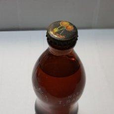 Coleccionismo Otros Botellas y Bebidas: BOTELLA REFRESCO T.SANGUINA LLENA CON CHAPA AÑOS 60. Lote 221148273