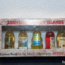 Coleccionismo Otros Botellas y Bebidas: ANTIGUO PAQUETE BOTELLITAS ARTEMI - SOUVENIR CANARIAS. Lote 221416498