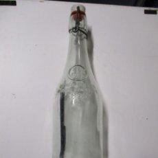 Coleccionismo Otros Botellas y Bebidas: LIMONADE GEYER FRERES MAISON FONDEE EN 1895 ANTIGUA BOTELLA DE VIDRIO. Lote 221709702