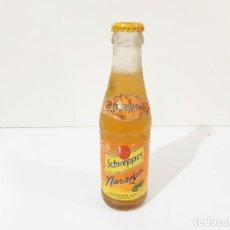 Coleccionismo Otros Botellas y Bebidas: BOTELLA DE SCHWEPPES DE ARANJA CON CHAPA SIN ABRIR. Lote 221988600
