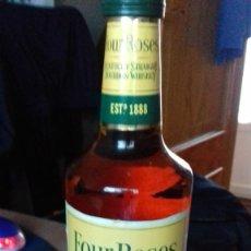 Coleccionismo Otros Botellas y Bebidas: BOURBON 4 ROSAS CON MAS DE 40 AÑOS. Lote 222734328