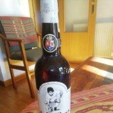 Coleccionismo Otros Botellas y Bebidas: BOTELLA FINO JUANITO. Lote 225725930