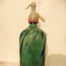 Coleccionismo Otros Botellas y Bebidas: SIFON VERDE ONDULADO. Lote 227617900