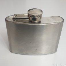 Coleccionismo Otros Botellas y Bebidas: ANTIGUA PETACA STAINLESS STEEL 4OZ MADE IN ENGLAND VINTAGE. Lote 228059830