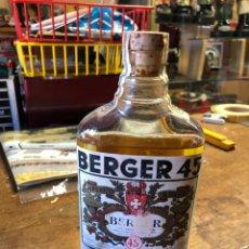 Coleccionismo Otros Botellas y Bebidas: BOTELLA ANTIGUA BERGER 45 SIN ABRIR. Lote 231317000