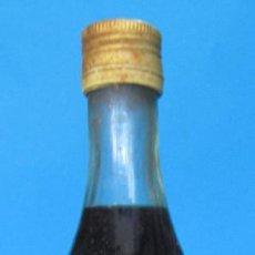 Coleccionismo Otros Botellas y Bebidas: BOTELLA SI ABRIR DE VERMUT RICHE. BLANCO DULCE. LA TARRACO VINÍCOLA, TARRAGONA, SIN FECHA.. Lote 233081325