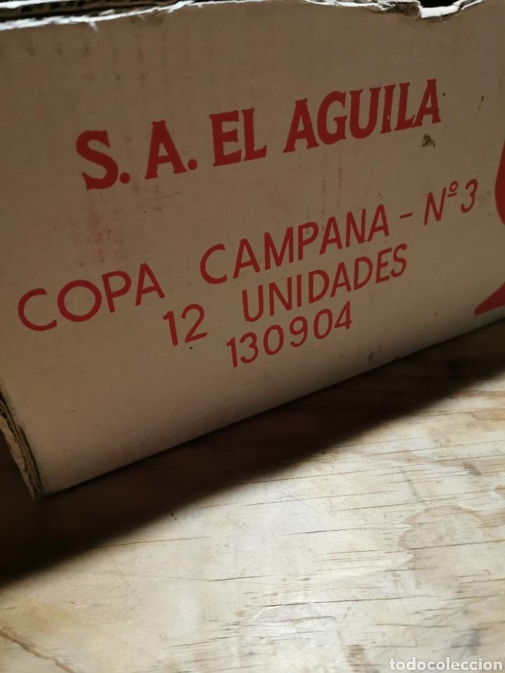 Coleccionismo Otros Botellas y Bebidas: Lote de 12 copas S. A. El águila en su caja original. - Foto 5 - 237003115