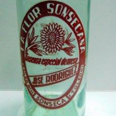 Coleccionismo Otros Botellas y Bebidas: BOTELLA DE GASEOSA LA FLOR SONSECANA, SONSECA TOLEDO, MUY BUEN ESTADO, 1 LITRO. Lote 243333735