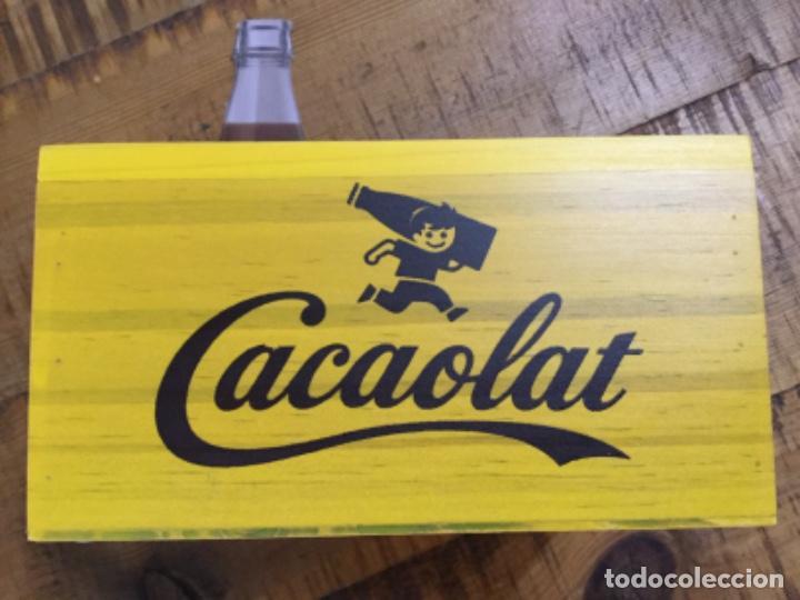 Coleccionismo Otros Botellas y Bebidas: CACAOLAT - SERVILLETERO DE MADERA - 2020 - BARCELONA - Foto 4 - 244484065