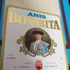 Coleccionismo Otros Botellas y Bebidas: LOTE ETIQUETAS DE ANÍS VODKA LICOR Y GINEBRA BOMBITA RUTE DOMÍNGUEZ Y CÓRDOBA. Lote 246363575