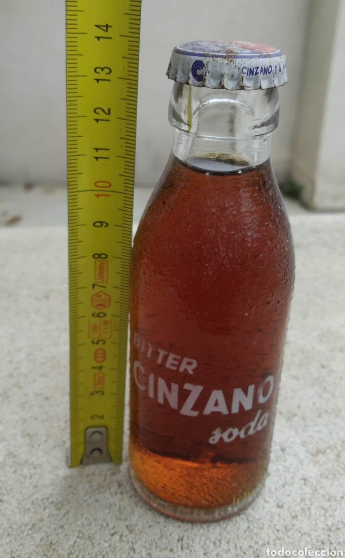 Coleccionismo Otros Botellas y Bebidas: Antigua caja de madera de botellas CINZANO años 50 - 60 - Foto 11 - 249278295