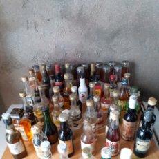 Coleccionismo Otros Botellas y Bebidas: 57 BOTELLAS PEQUEÑAS DE COLECCION... Lote 249501720