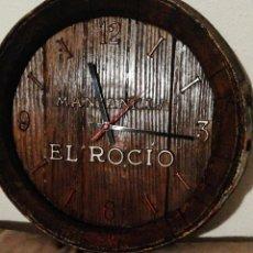 Coleccionismo Otros Botellas y Bebidas: MANZANILLA EL ROCÍO. Lote 251276245