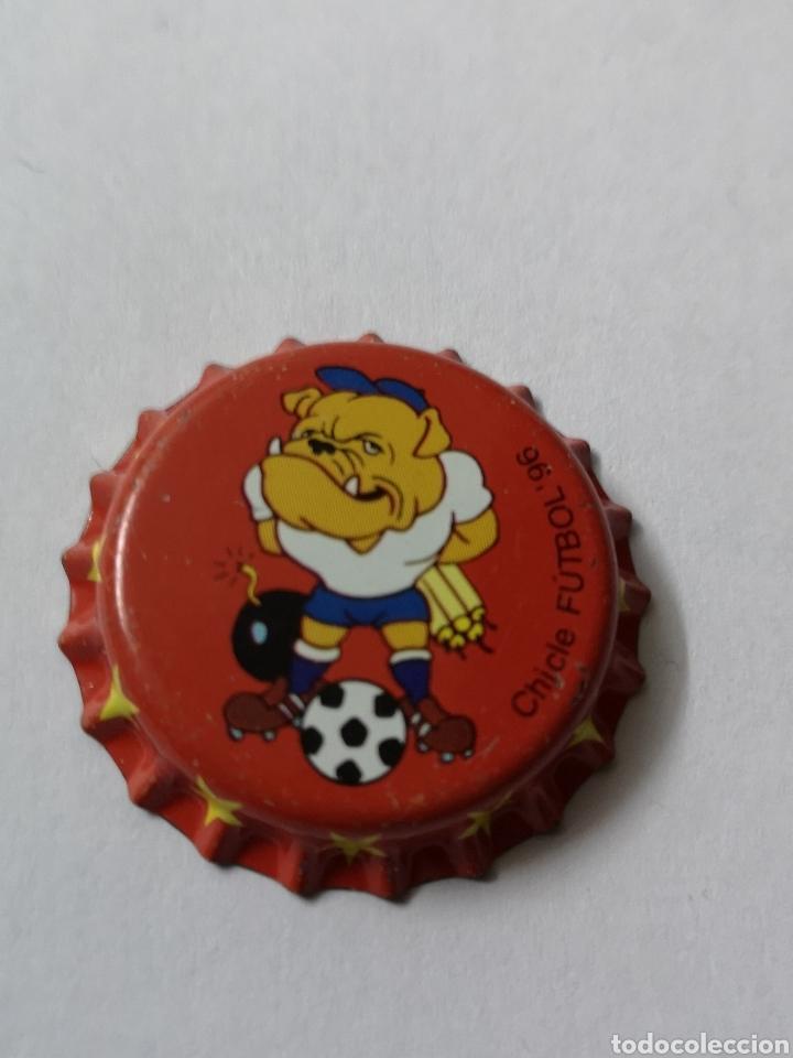 A31. TAPON CORONA. CROWN CAPS. CHICLE FUTBOL 96 (Coleccionismo - Otras Botellas y Bebidas )