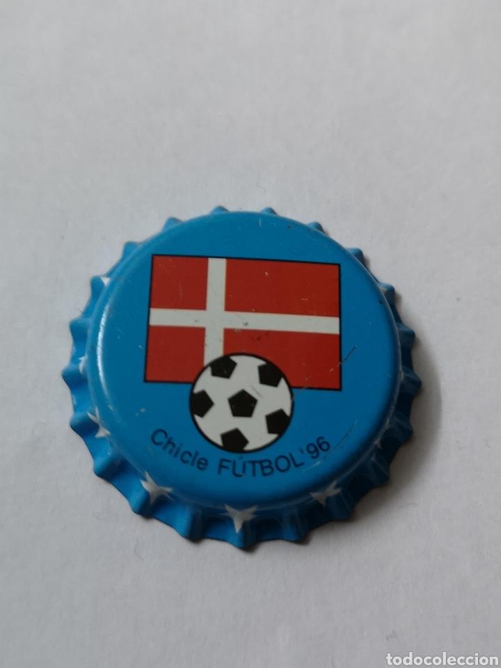 A34. TAPON CORONA. CROWN CAPS. CHICLE FUTBOL 96 (Coleccionismo - Otras Botellas y Bebidas )