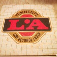 Coleccionismo Otros Botellas y Bebidas: ANTIGUO POSAVASOS L.A TENNENT'S. Lote 261280295