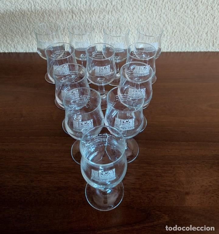 Coleccionismo Otros Botellas y Bebidas: Lote de 12 copas de cristal de la muestra de vinos Incavi año 1988 - Foto 2 - 272011163