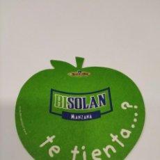 Coleccionismo Otros Botellas y Bebidas: POSAVASOS BISOLAN MANZANA SOLAN DE CABRAS.. Lote 278678523