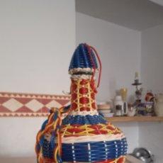 Coleccionismo Otros Botellas y Bebidas: GARRAFA FORRADA. Lote 279411158