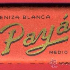Papel de fumar: PAPEL DE FUMAR , PAYA ALARGADO, ROJO , ORIGINAL ANTIGUO , CON EL PAPEL. Lote 87475223