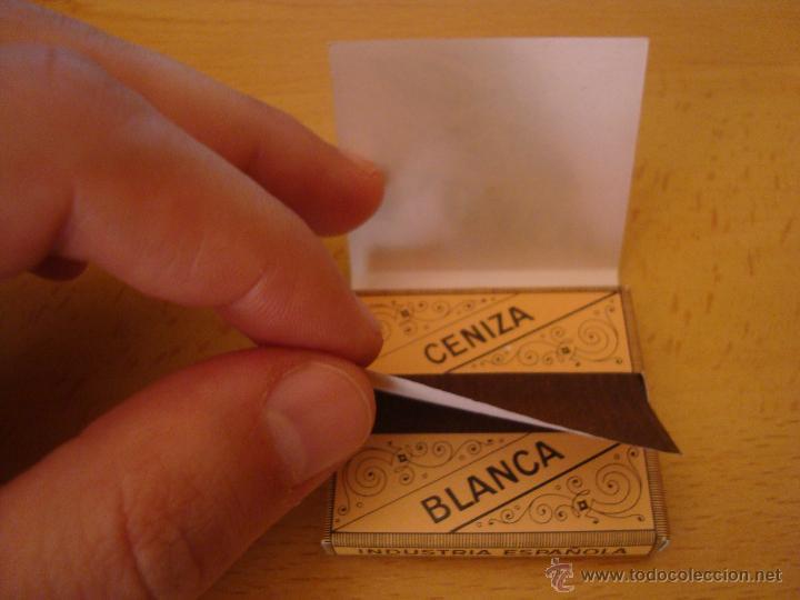 Papel de fumar: LOTE 3 LIBRILLOS DE PAPEL DE FUMAR TABACO SMOOKING, ANTIGUOS - Foto 2 - 49424607