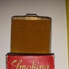 Papel de fumar: SMOKING CON SU CAJITA DE LA PATRONA DE CATALUNYA. Lote 53504631