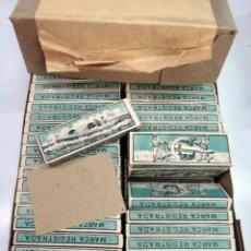 Papel de fumar: PAPEL DE FUMAR CANOA , ALCOY ALICANTE , CAJA CON 100 PAPELES , ANTIGUOS, ORIGINALES. Lote 86375196
