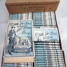 Papel de fumar: PAPEL DE FUMAR LA BASCULA , ALCOY ALICANTE , CAJA CON 100 PAQUETES , ANTIGUOS, ORIGINALES. Lote 88359056