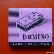 Papel de fumar: ANTIGUO PAPEL DE FUMAR DOMINO . Lote 108723119