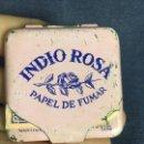 Papel de fumar: CAJA PAPEL FUMAR INDIO ROSA METAL PINTADO INTERIOR VACIO 5X5CMS. Lote 118934527