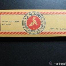 Papel de fumar: PAPEL DE FUMAR LA PAJARITA INDUSTRIA ARGENTINA. 75 HOJAS ALARGADO. Lote 132962242