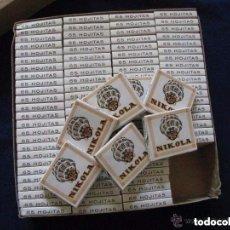 Papel de fumar: ANTIGUA CAJA CON 100 LIBRILLOS DE PAPEL DE FUMAR NIKOLA. MADRID. Lote 151954441