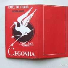 Papel para cigarros: PAPEL DE FUMAR CEGONHA GOMADO ROJO PORTUGAL. Lote 168027100