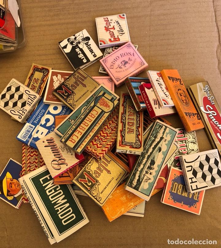 Papel de fumar: Lote de 41 libritos de papel de fumar, completos - Foto 2 - 182261746