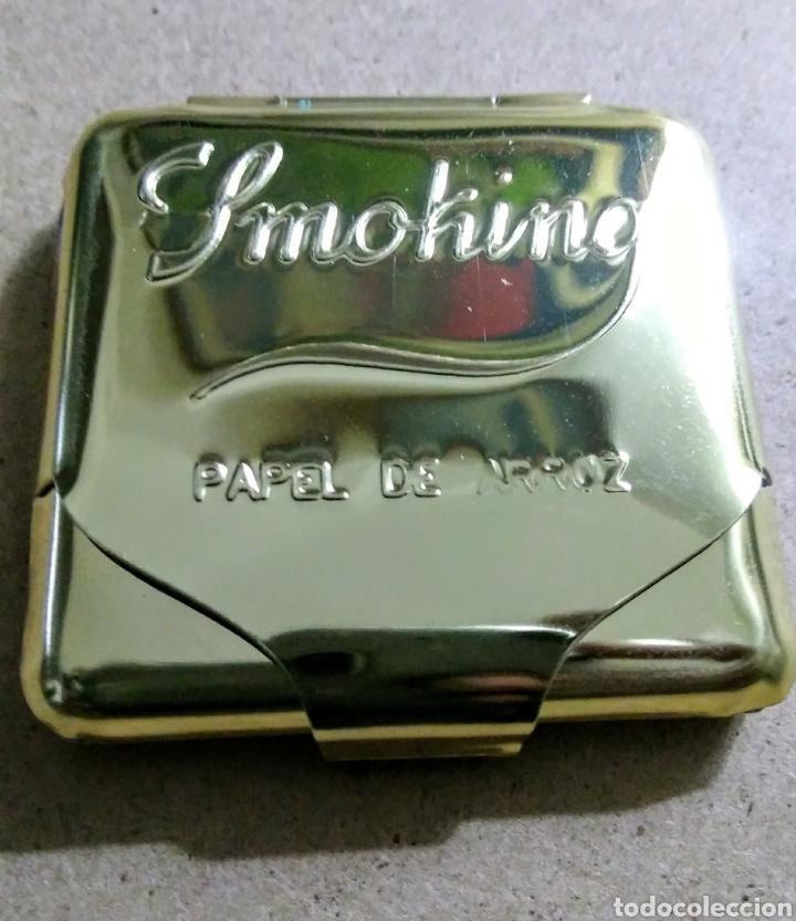 CAJITA METÁLICA PAPEL DE FUMAR SMOKING DORADA. AÑOS 80 (Coleccionismo - Objetos para Fumar - Papel de fumar )