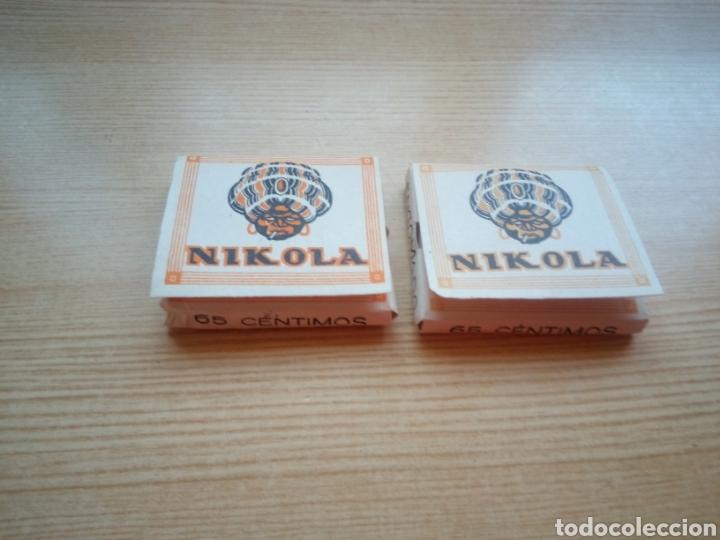 DOS CAJITAS DE PAPEL DE FUMAR NIKOLA. MUY ANTIGUAS. LLENAS. CON 65 HOJITAS CADA UNA (Coleccionismo - Objetos para Fumar - Papel de fumar )
