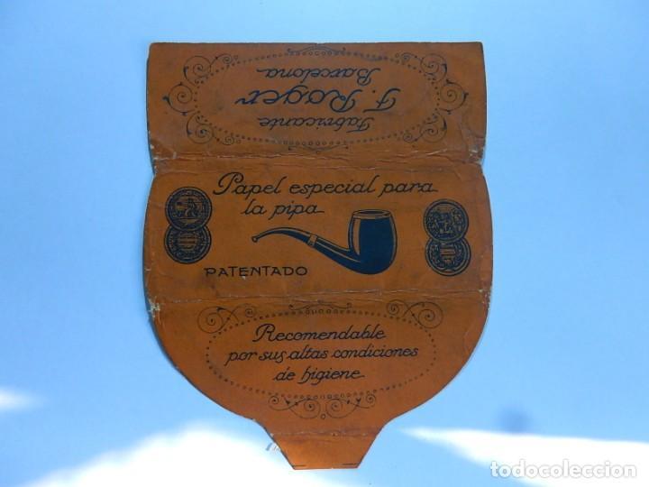 ENVOLTURA O PARTE DE ELLA, DE UN LIBRILLO PAPEL DE FUMAR ESPECIAL PARA LA PIPA. F. ROGER. BARCELONA. (Coleccionismo - Objetos para Fumar - Papel de fumar )