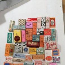 Papel de fumar: LOTE 43 PAPELES DE FUMAR SIN USAR TODAS LAS ÉPOCAS. Lote 195149262