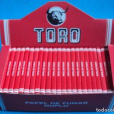 Papel de fumar: CAJA PAPEL DE FUMAR 25 LIBRILLOS TORO 1970 PORTUGAL BULL DOBLE SMOKING PAPER LOTE TABACO ROLLING BOX. Lote 198360221