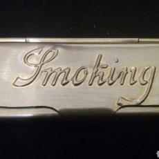 Papel de fumar: CAJITA METÁLICA PAPEL DE FUMAR SMOKING. Lote 237862280