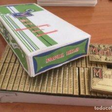 Papel de fumar: CAJA DE 50 ESTUCHES DE PEPELILLOS DE FUMAR MARFIL. PAPEL FINO DE HILO. Lote 218685167