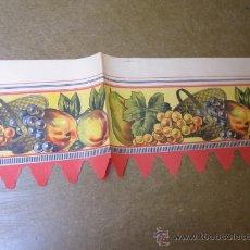 Coleccionismo Papel Varios: ANTIGUA GRECA PAPEL - DECORACION ALACENAS ESTANTES COCINAS ETC 61X20CM PERFECTA FRUTAS + INFO. Lote 262454895