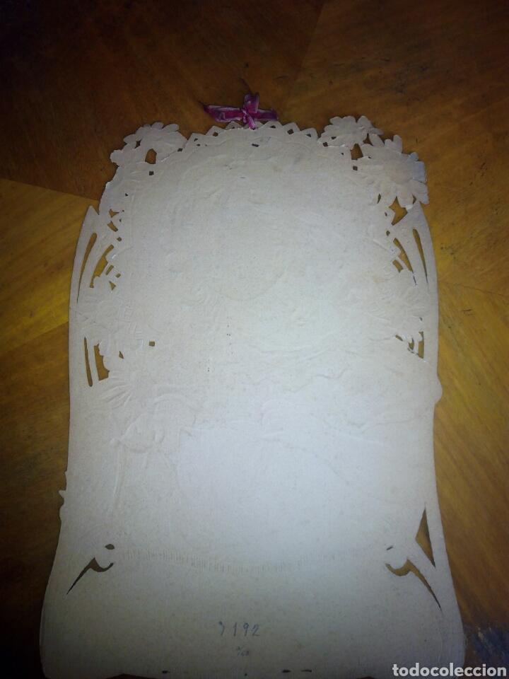 Coleccionismo Papel Varios: Cartón troquelado y grofado y con purpurina niña. Modernista. Cartel. - Foto 5 - 106630956